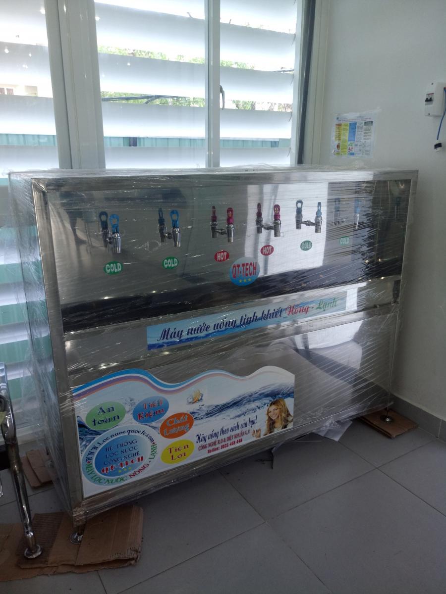 máy nước uống nóng lạnh công suất lớn