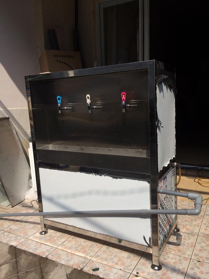 Máy lọc nước uống nóng lạnh 03 vòi cao cấp