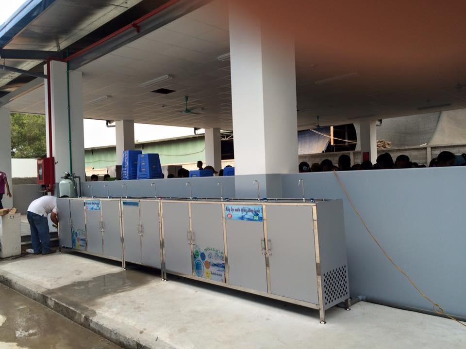 Máy lọc nước uống nóng lạnh công suất lớn
