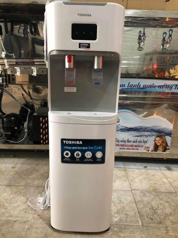 Máy nước uống nóng lạnh 2 vòi dân dụng