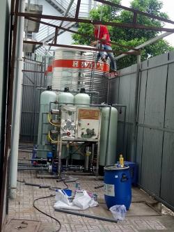 Xử lý nước tinh khiết 1.500 lít